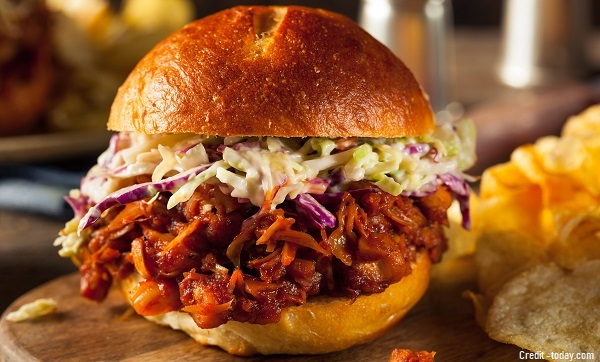 BBQ Pulled Kathal Burger