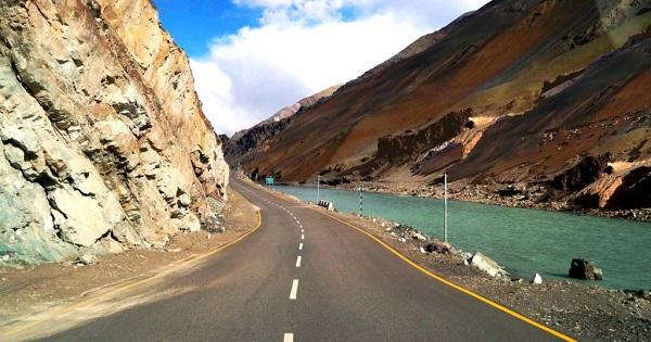 Manali to Leh Highway