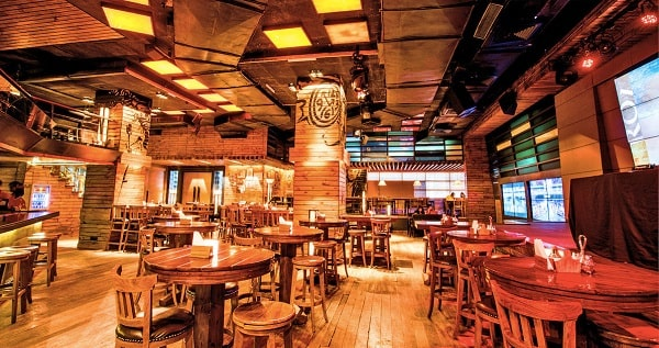 Manhattan Bar and Brewery Gurgaon