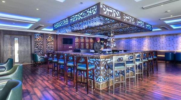 Cafe Delite & Bar – Hotel Delite Grand