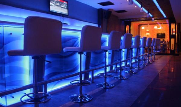 Le Chef Restro Bar