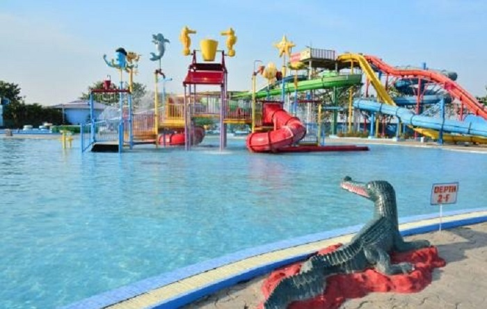 funtasia-island-water-park-patna