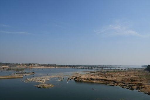 Indira Sagar Lake