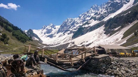 Sonamarg- Jammu and Kashmir