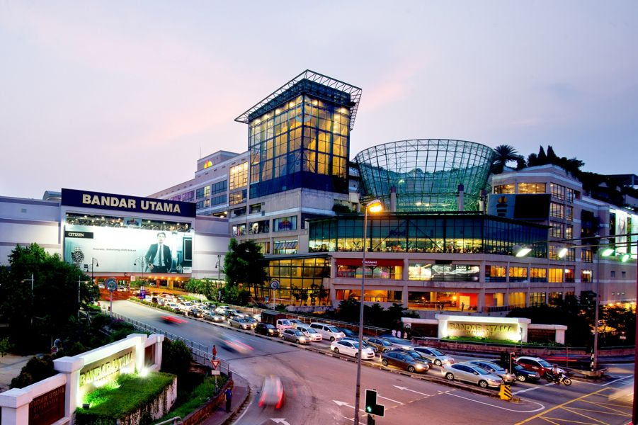 1 Utama Shopping Center