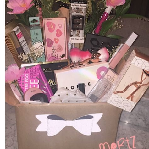 Personalized Make-Up Box