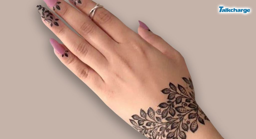Abstract Mehndi Design for Beginners